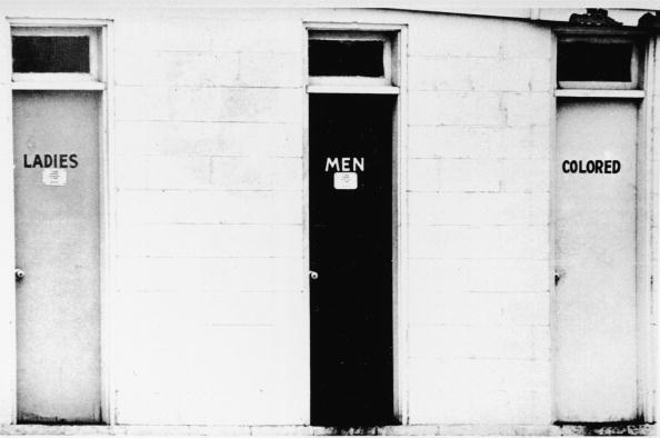 1960-1969「Segregated Restrooms 」:写真・画像(12)[壁紙.com]