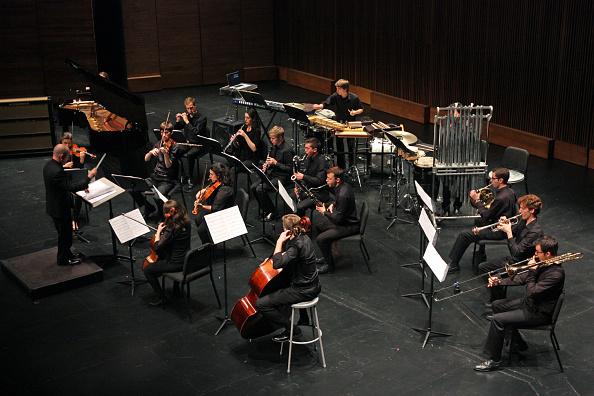Juilliard School「Son Of Chamber Symphony」:写真・画像(6)[壁紙.com]