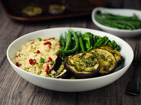 Bush Bean「Healthy couscous and roasted aubergine bowl」:スマホ壁紙(18)