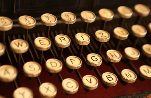 Typewriter「German NSA Investigation Committee Considers Typewriters Out of Data Leak Concerns As Sales Rise」:写真・画像(0)[壁紙.com]
