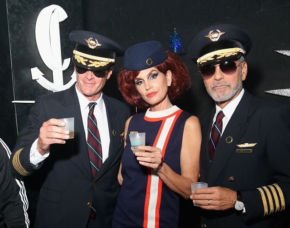 Cindy Crawford「Casamigos & CATCH Halloween Party at CATCH Las Vegas in ARIA Resort & Casino」:写真・画像(3)[壁紙.com]