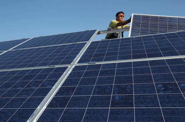 Solar Energy「Germany Invests Heavily In Solar Energy」:写真・画像(1)[壁紙.com]