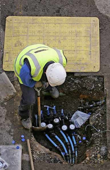 Water「Thames Water Replace Ageing Water Mains」:写真・画像(1)[壁紙.com]