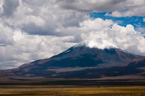 Bolivian Andes「Volcano」:スマホ壁紙(17)