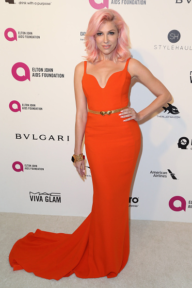 Hand On Hip「24th Annual Elton John AIDS Foundation's Oscar Viewing Party - Arrivals」:写真・画像(16)[壁紙.com]
