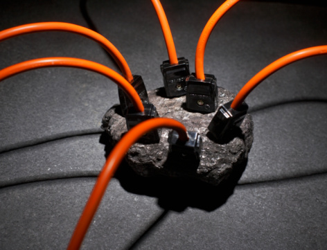 Two Pin Plug「Six electric cords plugged into lump of coal, close-up, elevated view」:スマホ壁紙(19)