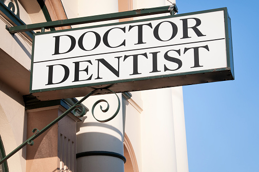 """Queensland「""""Doctor / Dentist"""" Sign」:スマホ壁紙(17)"""