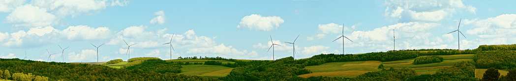 Generator「Wind power generators: green energy. Panoramic image.」:スマホ壁紙(10)