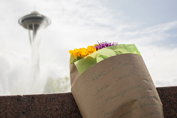 Space Needle「Chris Cornell Remembered In Seattle, WA」:写真・画像(4)[壁紙.com]
