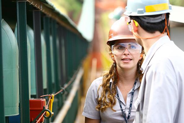 Working「Iron Ore Production, State of Minas Gerais, Brazil」:写真・画像(17)[壁紙.com]