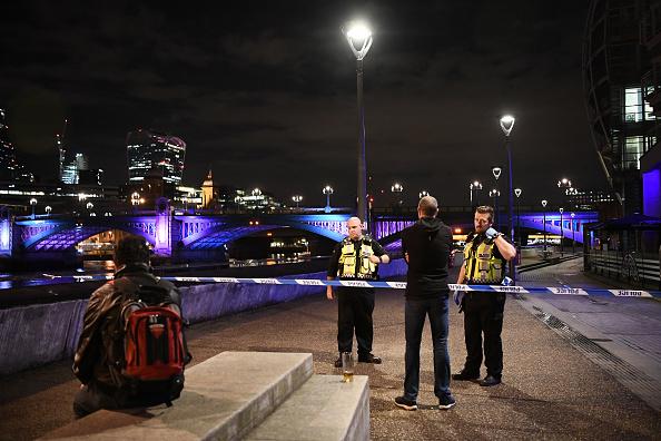 Roped Off「Police Attend Incident At London Bridge」:写真・画像(2)[壁紙.com]