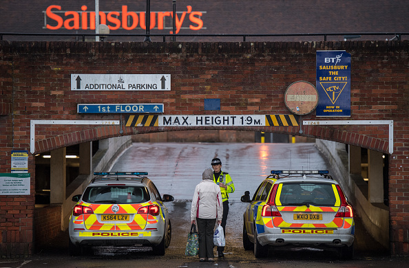 Bench「Investigations Continue At The Scene Of Salisbury Spy Poisoning」:写真・画像(14)[壁紙.com]