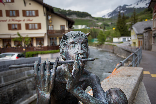 Austrian Culture「A statue of the mythical Pan in the Alps.」:スマホ壁紙(0)