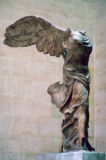 Statue of the winged Nike of Samothrace, 2nd century BC.:ニュース(壁紙.com)