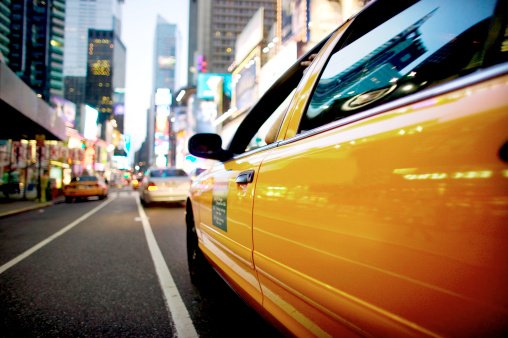 Taxi「Close up nighttime view of Times Square, New York City」:スマホ壁紙(16)