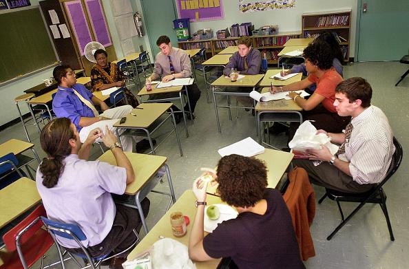 Classroom「Bronx School Stands Out」:写真・画像(9)[壁紙.com]