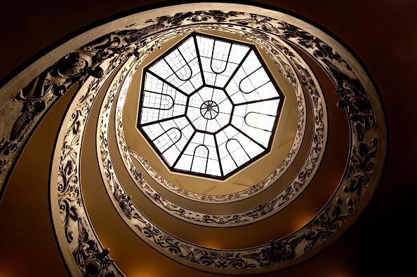 Steps「Vatican museum staircase, Rome, Italy」:写真・画像(14)[壁紙.com]