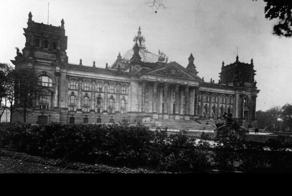 The Reichstag「The Reichstag」:写真・画像(16)[壁紙.com]