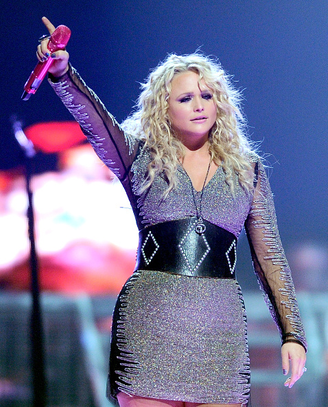Form Fitted Dress「2012 iHeartRadio Music Festival - Day 1 - Show」:写真・画像(2)[壁紙.com]