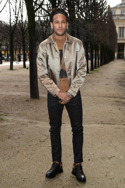 Louis Vuitton : Front Row - Paris Fashion Week - Menswear F/W 2018-2019:ニュース(壁紙.com)