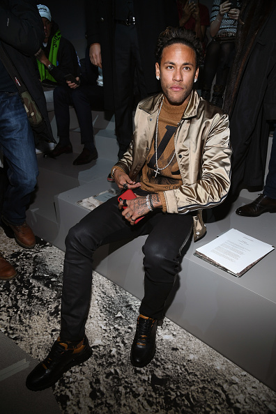 Neymar da Silva「Louis Vuitton : Front Row - Paris Fashion Week - Menswear F/W 2018-2019」:写真・画像(11)[壁紙.com]