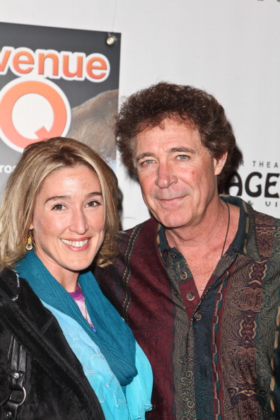 """Barry Williams「Opening Night Of """"Avenue Q"""" At The Pantages Theatre - Red Carpet」:写真・画像(6)[壁紙.com]"""