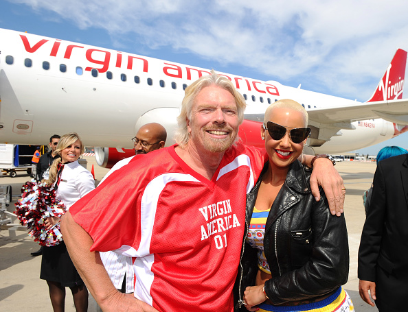 LAX Airport「Launch Of Virgin America's First Flight From Los Angeles To Philadelphia - Inaugural Flight」:写真・画像(18)[壁紙.com]