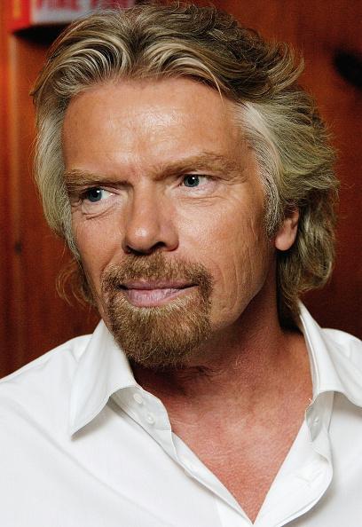 Missouri「Sir Richard Branson Attends Virgin Mobile USA Party」:写真・画像(11)[壁紙.com]