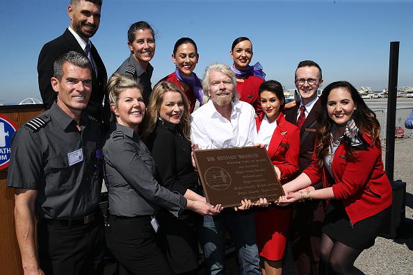LAX Airport「Sir Richard Branson Gets Inducted Into The Flight Path Walk Of Fame At LAX」:写真・画像(0)[壁紙.com]