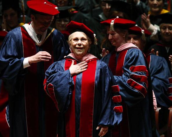 Renata Scotto「Juilliard Holds 104th Commencement Ceremony」:写真・画像(10)[壁紙.com]