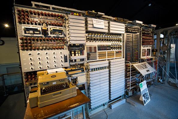 Computer Equipment「Veteran Code-breakers Show How They Broke Hitler's Wartime Codes」:写真・画像(18)[壁紙.com]