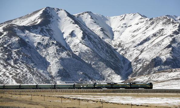 Snowcapped Mountain「Life Along The Qinghai-Tibet Railway」:写真・画像(3)[壁紙.com]