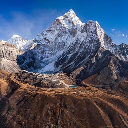 Ama Dablam「Panoramic, 72MPix XXXXL size, view of beautiful Mount Ama Dablam in Himalayas, Nepal」:スマホ壁紙(16)
