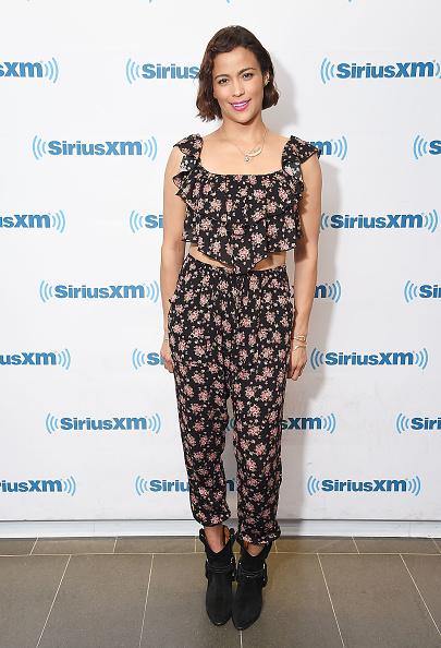 Top - Garment「Celebrities Visit SiriusXM - July 24, 2017」:写真・画像(14)[壁紙.com]