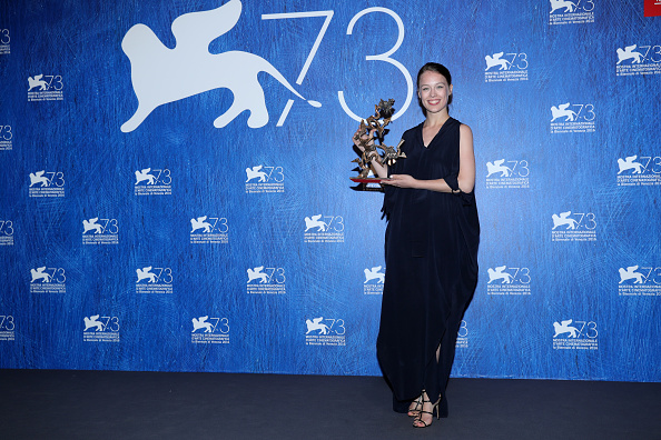 Venice International Film Festival「Award Winners Photocall - 73rd Venice Film Festival」:写真・画像(19)[壁紙.com]