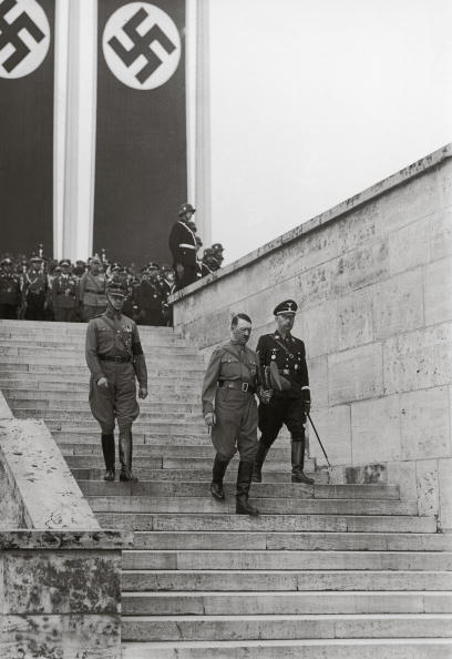 Color Image「Adolf Hitler and Heinrich Himmler」:写真・画像(11)[壁紙.com]