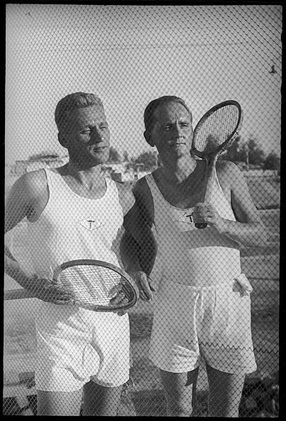 Max Penson「Two Tennis Players」:写真・画像(7)[壁紙.com]