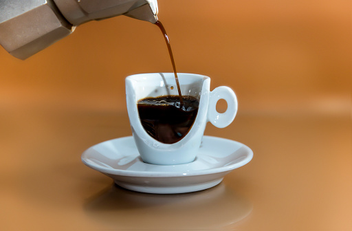 Pouring「Pouring a cup of coffee」:スマホ壁紙(14)