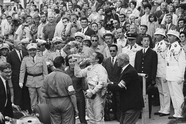 Victor Blackman「Stewart Wins Monaco Grand Prix」:写真・画像(6)[壁紙.com]