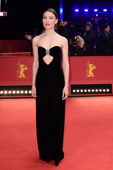 "Evening Gown「""Siberia"" Premiere - 70th Berlinale International Film Festival」:写真・画像(11)[壁紙.com]"