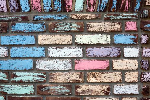 Chalk - Art Equipment「Colourfully chalked brick wall」:スマホ壁紙(6)