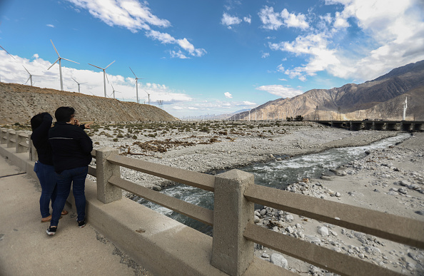 Greenhouse「California State Climate Report Shows Rising Average Temperatures In State's Coachella Valley」:写真・画像(1)[壁紙.com]