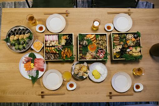 New Year「New Year's Day Dinner Table」:スマホ壁紙(13)