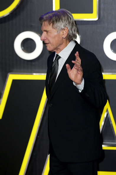 "Three Quarter Length「""Star Wars: The Force Awakens"" - European Film Premiere - Red Carpet Arrivals」:写真・画像(10)[壁紙.com]"