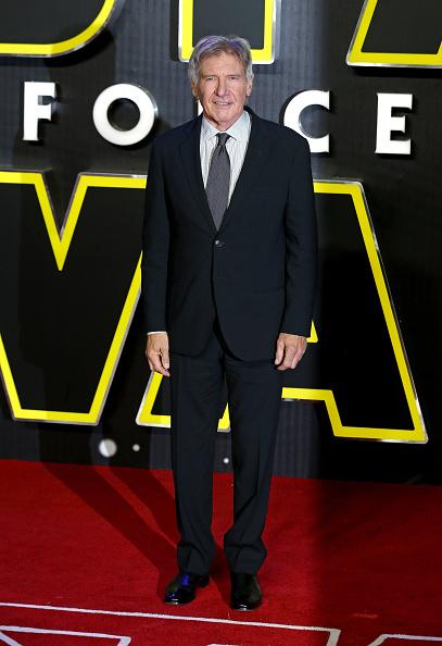 Film Industry「'Star Wars: The Force Awakens' - European Film Premiere - Red Carpet Arrivals」:写真・画像(12)[壁紙.com]