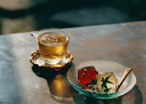 Wagashi「Cold Tea and Jelly」:スマホ壁紙(18)