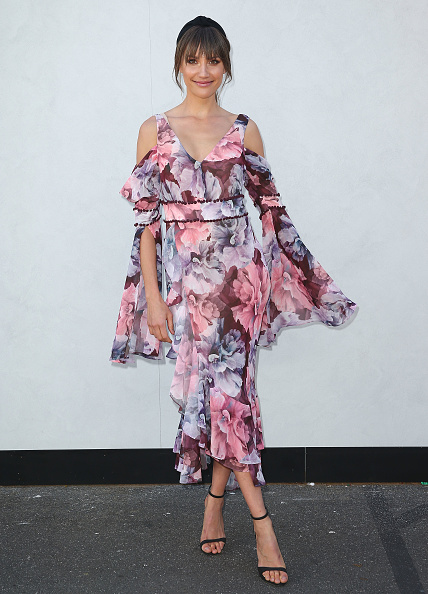 Melbourne Cup Carnival「Celebrities Attend Oaks Day」:写真・画像(2)[壁紙.com]