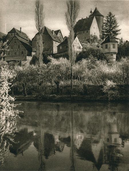 Water's Edge「Besigheim a. Neckar, 1931」:写真・画像(8)[壁紙.com]