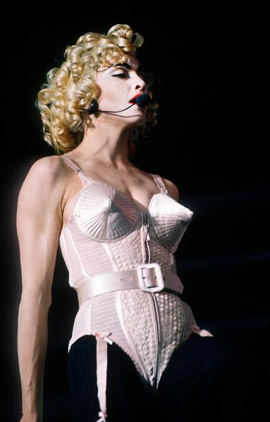 金髪「Madonna」:写真・画像(13)[壁紙.com]