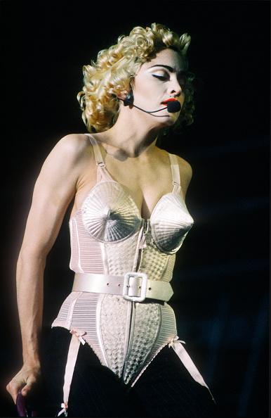 金髪「Madonna」:写真・画像(19)[壁紙.com]